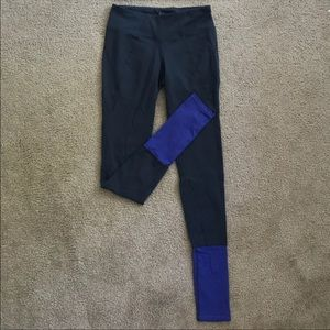 Athleta leggings (small)
